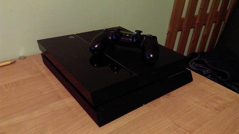 ps4 biurko Moje zdanie o: Playstation 4